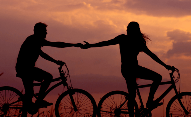 10 Tips on How to Make a Long Distance Relationship Work