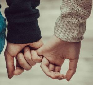 Best 8 ways to make online relationships work